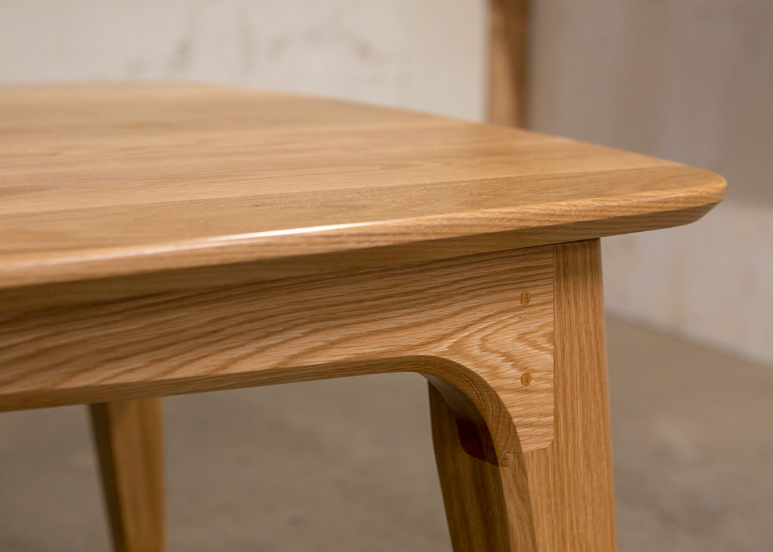 Doug_fir_table_by_Brock-Odalovich
